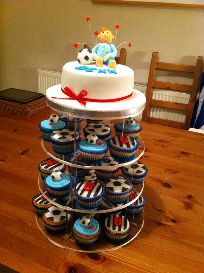 Football Cake And Cup Cakes 1
