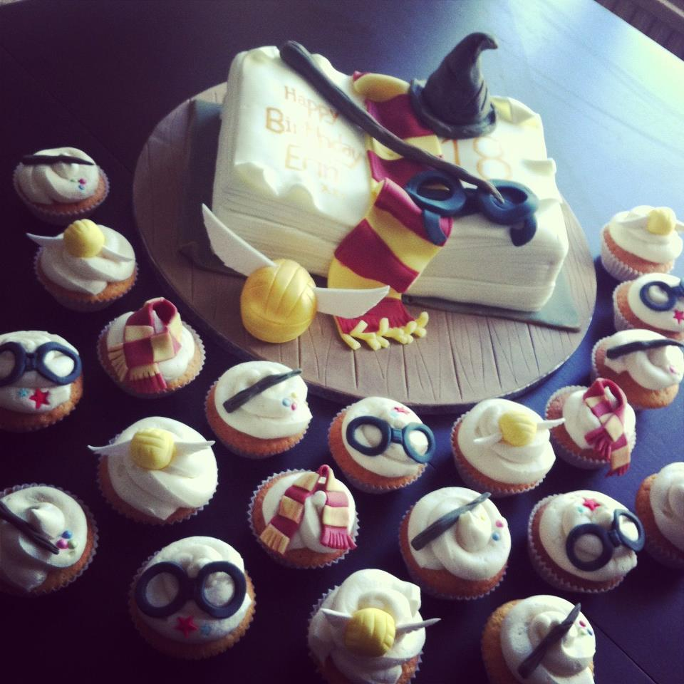 Harry Potter Cake And Cup Cakes 1