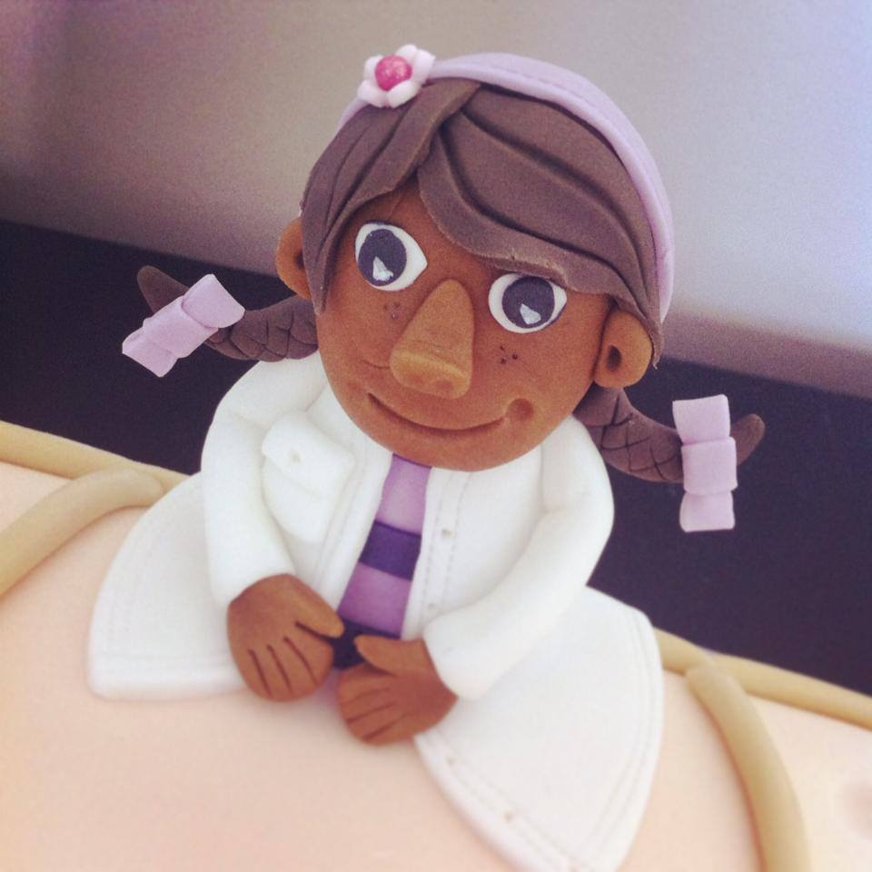 DOC MCSTUFFINS LICKY LIPS CAKES LIVERPOOL