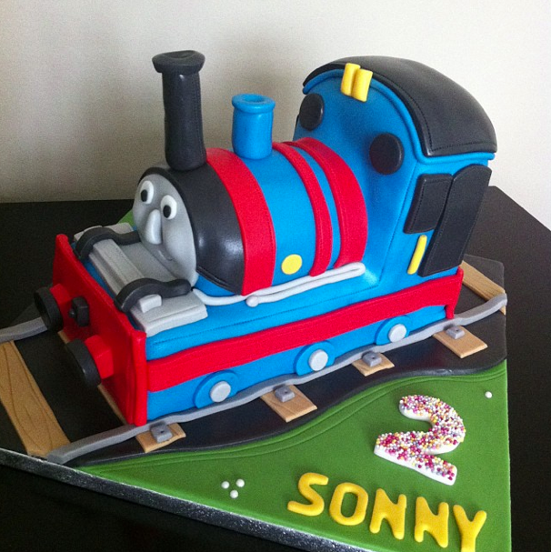 THOMAS THE TANK CAKE LICKY LIPS CAKES LIVERPOOL 2
