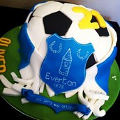 EVERTON EFC LICKY LIPS CAKES LIVERPOOL