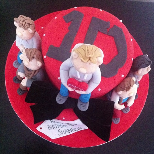 One Direction Cake Licky Lips Cakes Liverpool 5