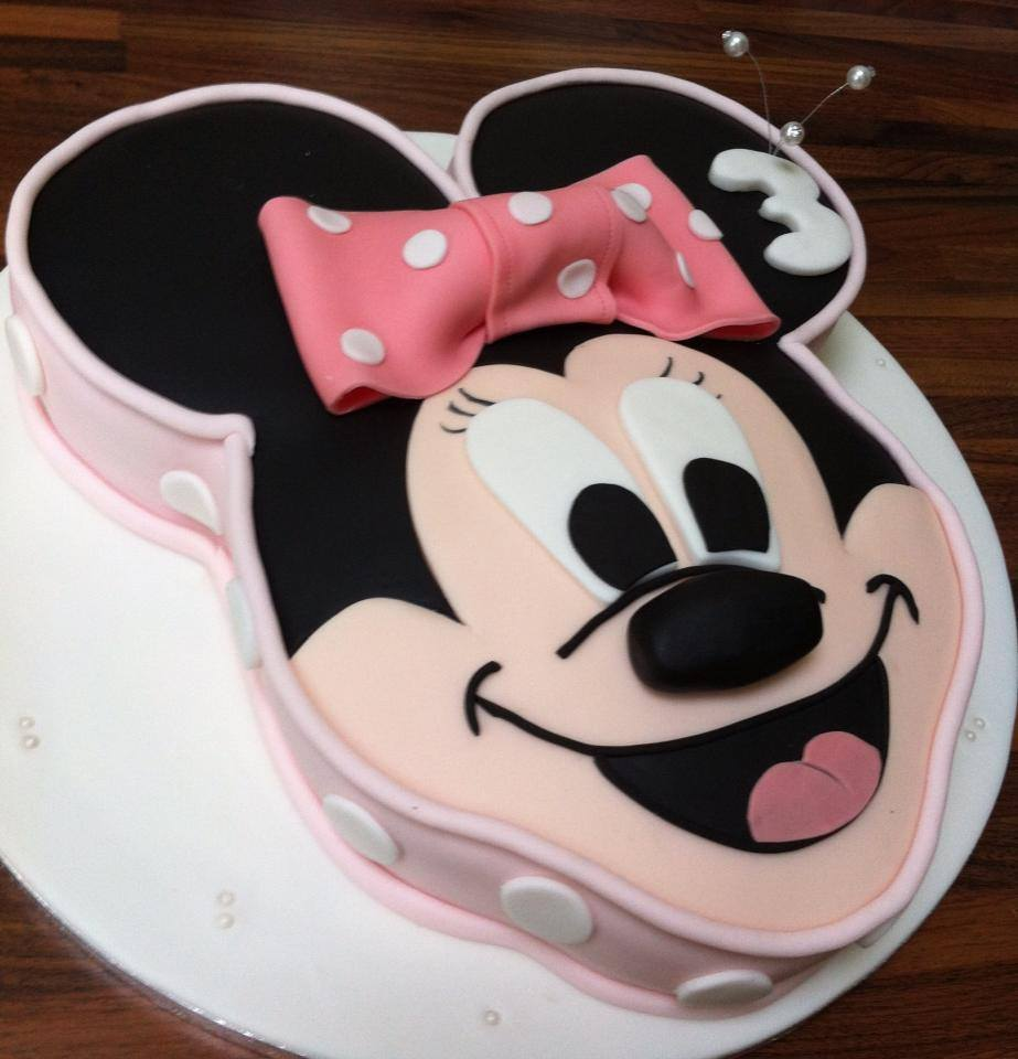Minnie Mouse Cake. Licky Lips Cakes liverpool
