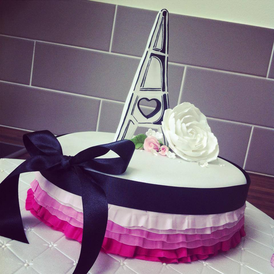 Paris Engagement Cake Eiffel Tower Licky Lips Cakes Liverpool