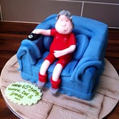 Sofa cake lfc  - licky lips cakes liverpool