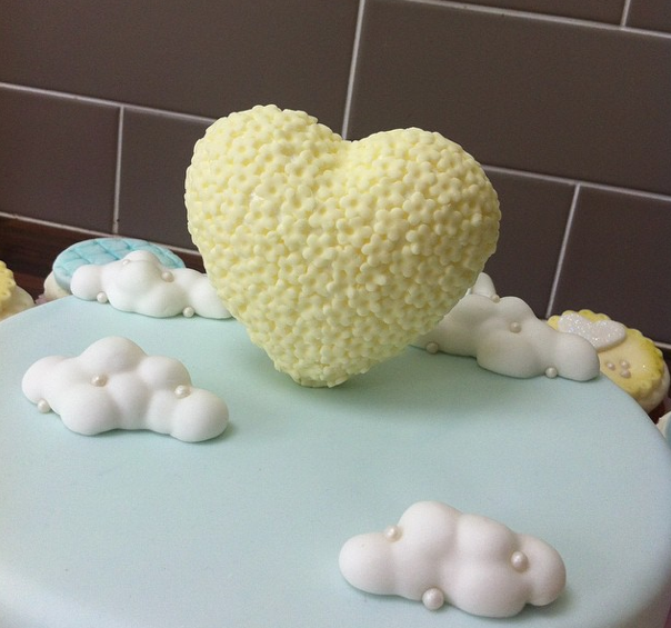Heart And Clouds Cake Licky Lips Cakes Liverpool